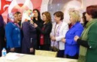 CHP'de Kadın Hareketi Başladı