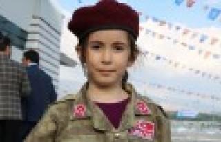 Cumhurbaşkanı 6 Yaşındaki Bordo Bereli Kızı...