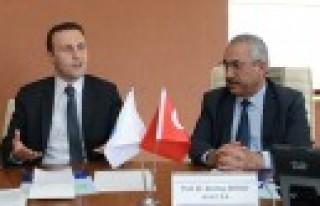 Doç. Dr. İlker Murat Ar, Teknokent'i Ziyaret Etti