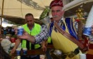 Dulkadiroğlu'ndan Pazar Esnafını Serinleten Hizmet