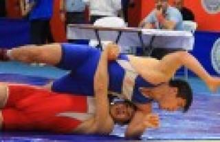 Güreşte Türkiye Şampiyonu Kahramanmaraş