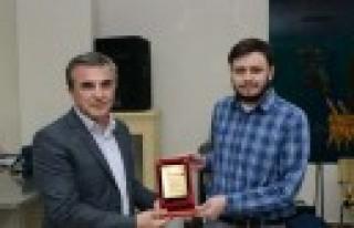 Kahramanmaraş Talasemi Sempozyumu Ödülleri Sahiplerini...