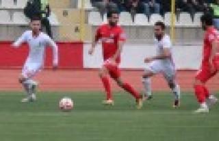 Kipaş Kahramanmaraşspor: 1 - Nazilli Belediyespor:...