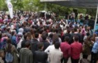KSÜ Öğrencileri Yılın Yorgunluğunu Bahar Şenlikleri'nde...