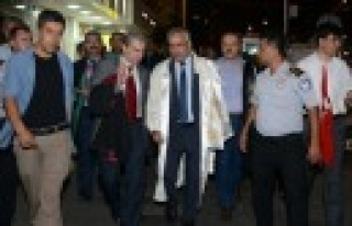 KSÜ Senatosu Darbe Girişimini Kınadı