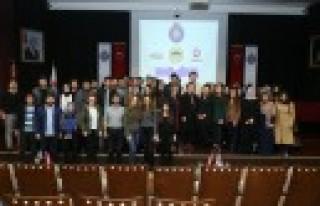 """KSÜ'de """"Geleceğin Kadınları"""" Paneli Düzenlendi"""