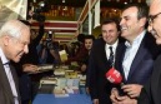 Kültür ve Turizm Bakanı, Kitap ve Kültür Fuarında