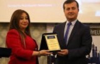 Marka Belediyeler'den Başkan Bozdağ'a Ödül...