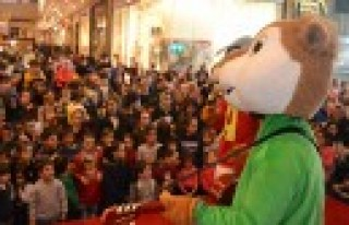 Minikler, Alvin Ve Arkadaşları İle Eğlenceye Doydu