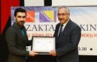 Öğrencilerden Azerbaycan Yılı Teşekkürü
