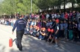 Okullarda Yangın Güvenliği Eğitimi ve Tatbikatları