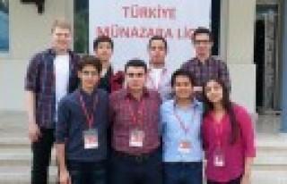 Özel Sanko Koleji Münazarada Rakiplerine Fark Attı