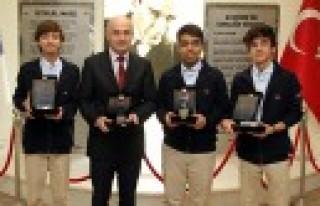 Özel Sanko Liseleri Dört Ödül Kazandı