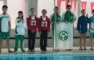 Özel Sanko Okullarının İki Yüzücüsünden Büyük...