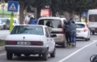 Patenli Gençlerin Trafikteki Tehlikeli Oyunu Cezayla...