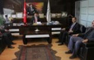 TÜRKAV Gaziantep Şube Başkanı Zirve Üniversitesi'ni...