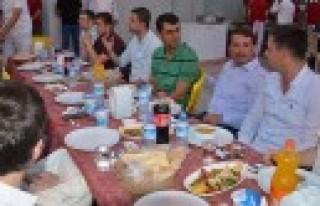 Türkoğlu Belediyesi Komutanlarla İftarda Bir Araya...