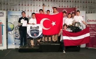 Özel  Sanko Okulları'nın Dünya Şampiyonluğu Başarısı