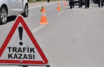 Afşin'de Yürüyüş Yapan Adama Otomobil Çarptı