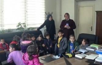 Harçlıklarını Yemenli Çocuklara Bağışladılar