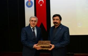 KSÜ'de 'Fıkhi Mirasımızın Değeri Üzerine' Konulu Konferans