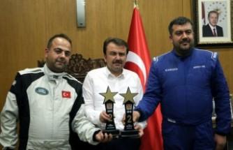 Off-Road Türkiye İkincileri Başkan Erkoç'u Ziyaret Etti
