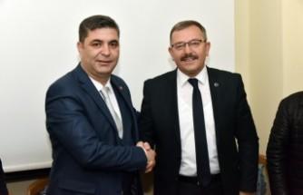 Başkan Aydın'dan MHP'ye Ziyaret