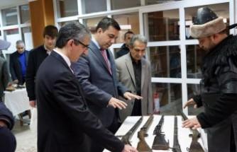 Osmanlı Savaş Kıyafetleri Ve Silahları Sergisi Açıldı