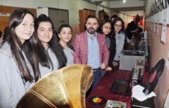 Elbistan'da Nostalji Sergisi Açıldı