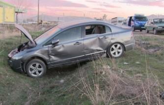 Kamyonla Otomobil Çarpıştı Çok Sayıda Yaralı Var