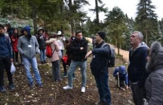 Andırın'da Öğrencilere Doğa Gezisi Düzenlendi