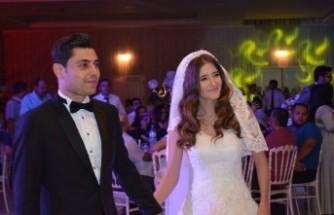 Kahramanmaraş Kaya ile Kolutek Ailelerinin Düğün Töreninde Buluştu