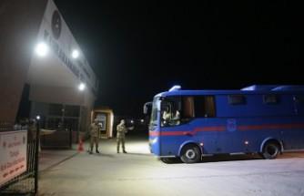 Adıyaman Cezaevindeki Mahkumlar Kahramanmaraş'a Nakledildi