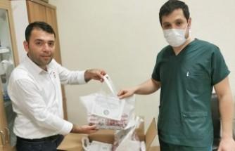 AKDO'dan Sağlık Çalışanlarına Tatlı Bir Moral