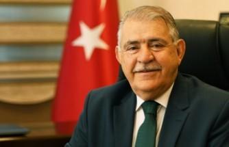 Başkan Mahçiçek, Karakoç ve Zarifoğlu'nu Andı