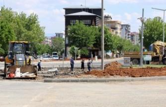 Büyükşehir'den Fatih Mahallesi'nde Kavşak Düzenlemesi
