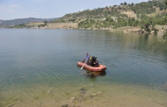 Barajda Boğulan Genç Hastanede Hayatını Kaybetti