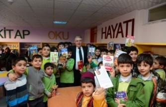 Başkan Mahçiçek, Öğrencilere Başarılar Diledi