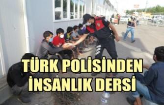 Türk Polisinden İnsanlık Dersi