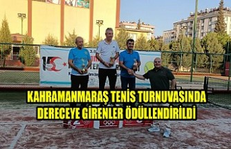 Kahramanmaraş Tenis Turnuvasında Dereceye Girenler Ödüllendirildi