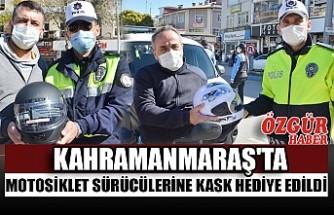 Kahramanmaraş'ta Motosiklet Sürücülerine Kask Hediye Edildi