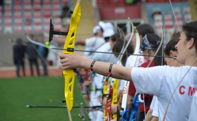 Kahramanmaraş'ta Okullar Arası Okçuluk Şampiyonası