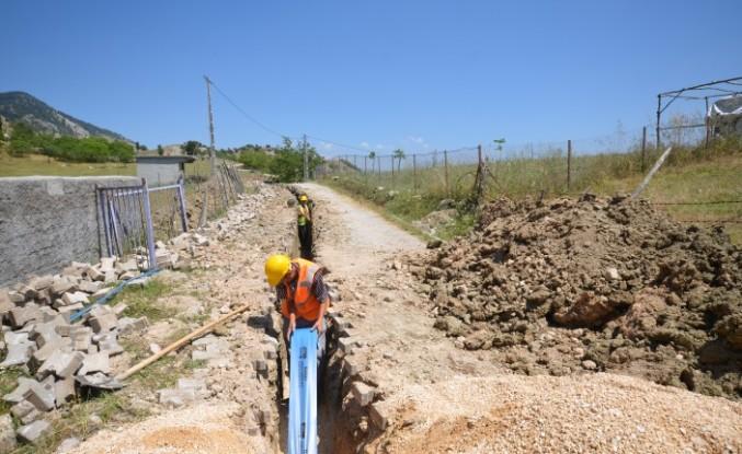 Topçalı'da İçme Suyu Şebeke Hattı Çalışmaları Başladı