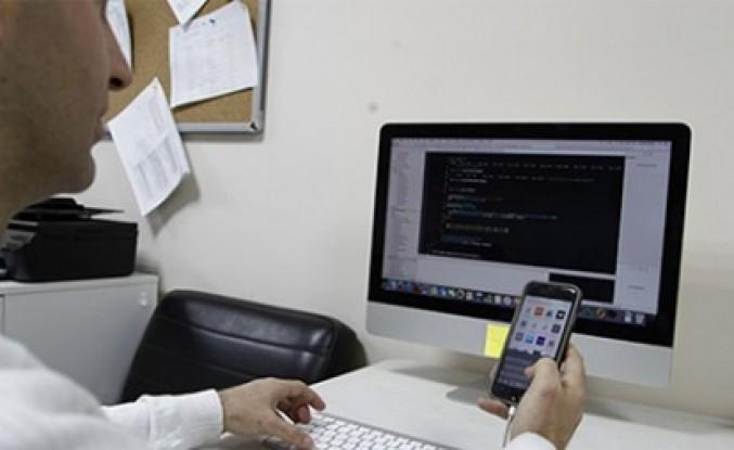 Teknokent'te Yanlış Yazmayı Önleyen Klavye Yazılımı Geliştirildi