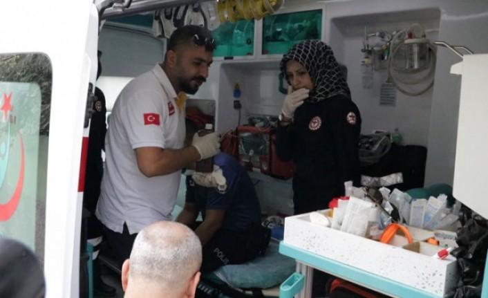 Kahramanmaraş'ta İki Aile Arasında Kavga: 2'si Polis 3 Yaralı